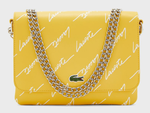 SAC A BANDOULIERE LACOSTE LIVE AVEC SIGNATURE EMBOSSEE JAUNE SAMOAN SUN NF3101TL D46 www.solene-maro